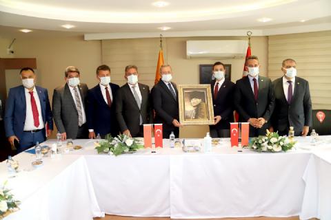 CHP HEYETİNDEN MTOSB'YE ZİYARET